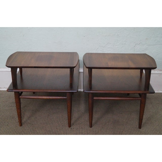 Bassett Bassett Mid Century Modern 2 Tier Step End Tables - a Pair For Sale - Image 4 of 10