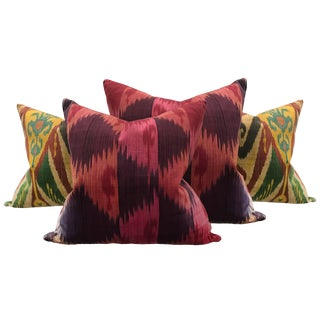 Set of Four Early 20th Century Indonesian Ikat Pillows For Sale
