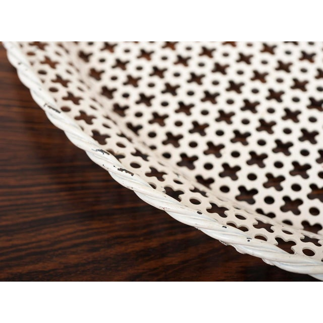 Mathieu Matégot Round Serving Tray by Mathieu Mategot in Enameled Perforated Steel, France 1950s For Sale - Image 4 of 7