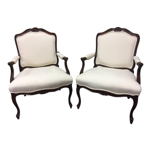 1980s Queen Anne Style Sherrill Cream Arm Chairs - a Pair For Sale