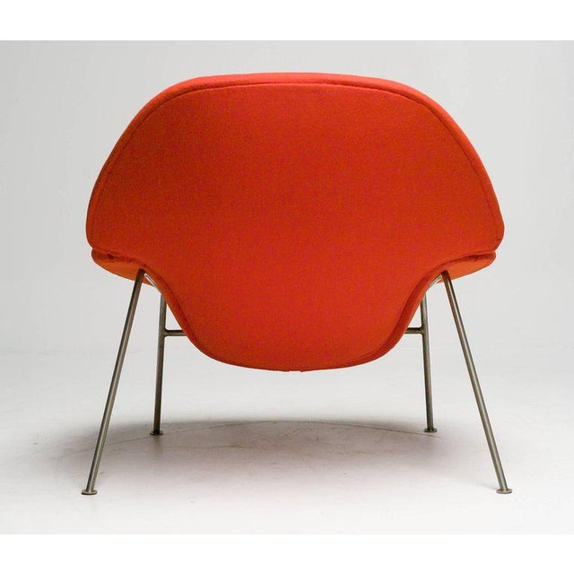 Contemporary Pierre Paulin F555 Lounge Chair For Sale - Image 3 of 8