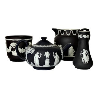 Wedgwood Black Jasperware Table Arrangement Articles - 4 Pieces For Sale