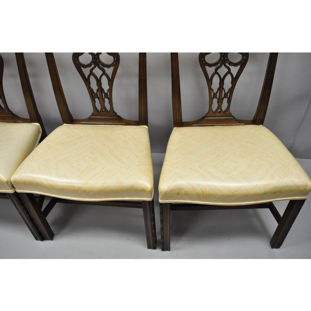 Antique Mahogany Pagoda Carved Chinese Chippendale Style Dining Chairs - Set of 4 For Sale In Philadelphia - Image 6 of 12