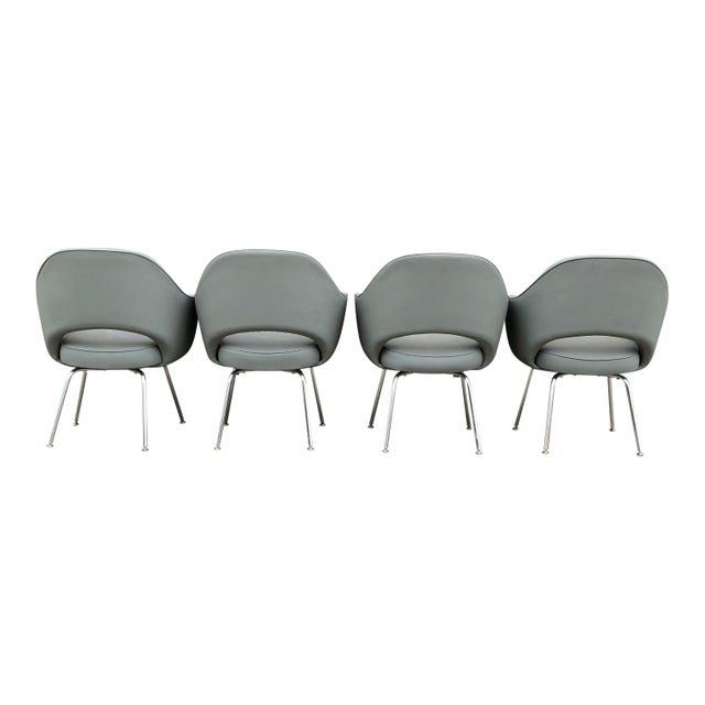 These chairs are icons of mid century modern design and characteristic of Saarinen's fluid and graceful aesthetic. One can...