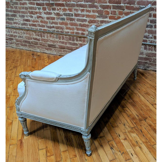 Linen 19th Century Antique Carved Frame and White Linen Settee For Sale - Image 8 of 12