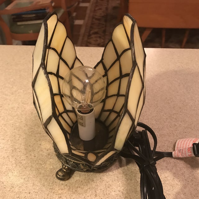 Vintage Stained Glass Clam Shell Lamp - Image 9 of 11