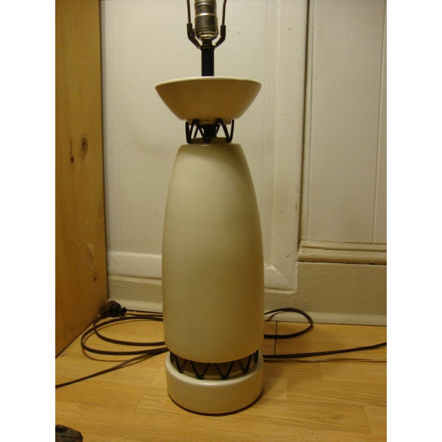 Rembrandt Style Matte White Pottery Lamp - Image 2 of 10