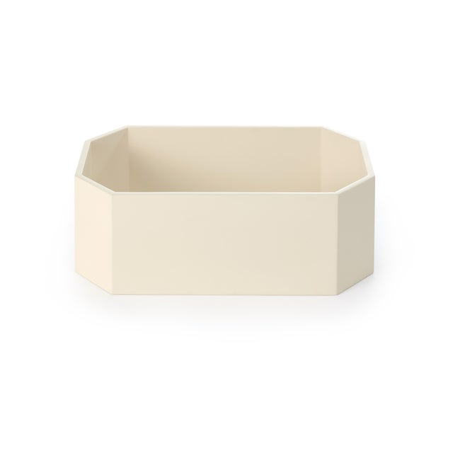 Miles Redd Collection Octagonal Napkin Box in Ivory For Sale - Image 4 of 4