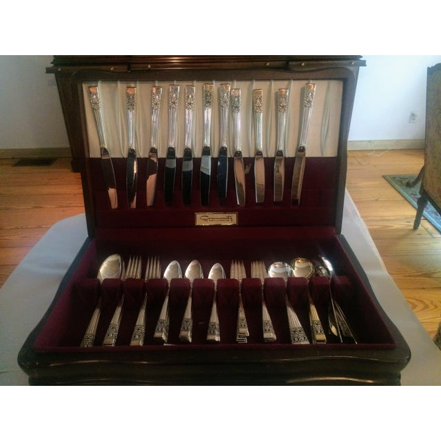 Art Deco Oneida Community Silver Plate Coronation Flatware - Set of 76 For Sale - Image 3 of 11