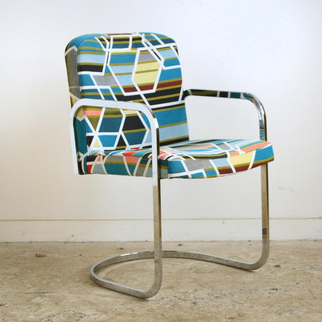 Mid-Century Modern Design Institute of America Set of Four Chairs with Maharam Fabric For Sale - Image 3 of 11