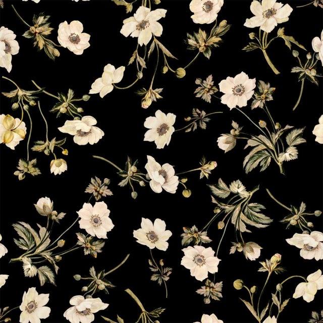 House of Hackney Poppium Ebony Paper - 8 Rolls - Image 1 of 4