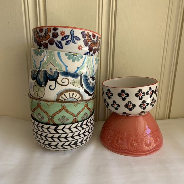 Eclectic Patterned Cottage Farmhouse Bowls, Set of Seven For Sale In Los Angeles - Image 6 of 11