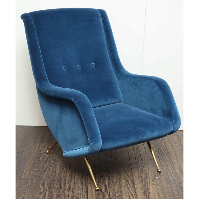 Pair of Parisi Vintage Italian Club Chairs Upholstered in Teal Blue Velvet For Sale - Image 4 of 9