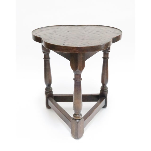 Traditional Vintage Wood Trefoil Side Table - Image 2 of 7
