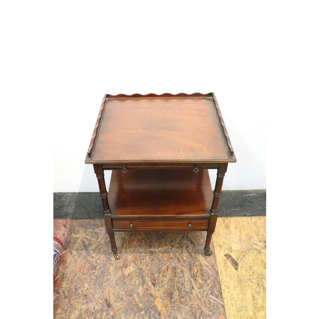 Early 20th Century 20th Century English Mahogany Wood Side Table or Cocktail Table For Sale - Image 5 of 11