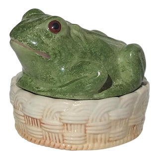 Vintage Mid-Century Italian Ceramic Majolica Frog Lidded Box For Sale