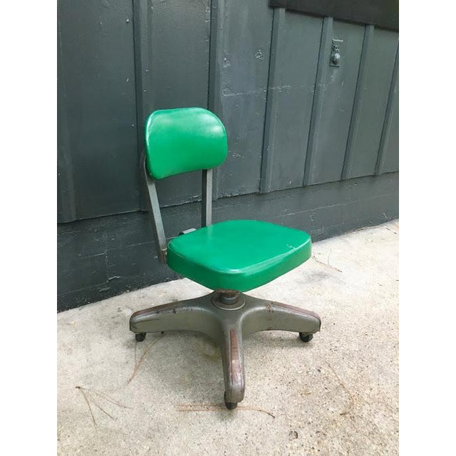 1940s Vintage Kelly Green Leather Industrial Metal Rolling Desk Chair