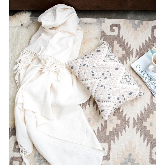 Ivory Handwoven Chiapas Throw - Image 5 of 5