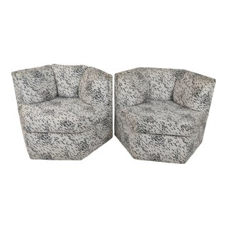 Vintage Hexagonal Swivel Chairs by Milo Baughman for Thayer Coggin - a Pair For Sale