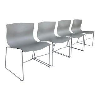 4 Chairs Vignelli Designs for Knoll For Sale