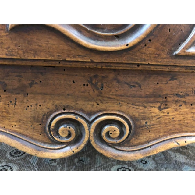 18th Century 18th C. French Louis XV Commode en Tombeau Bombé Chest For Sale - Image 5 of 13