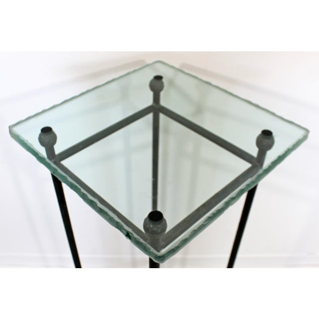 1980s Contemporary Modern Square Steel & Frosted Glass Pedestal Display Stand 1980s For Sale - Image 5 of 7
