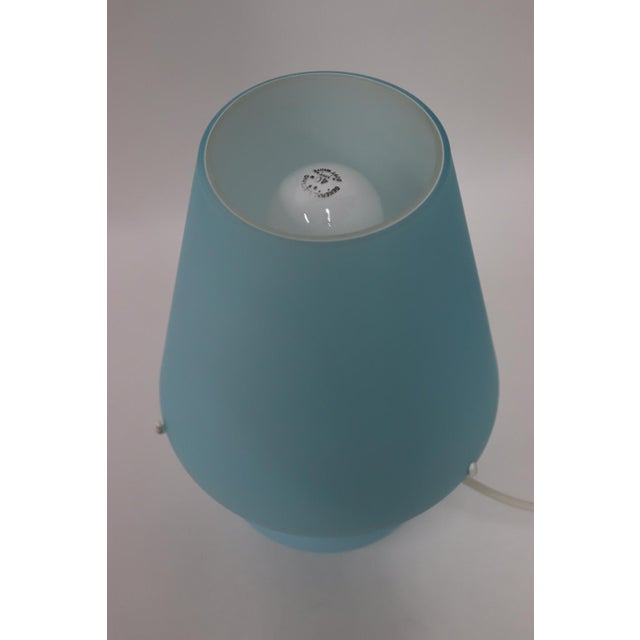 "Aqua ""Paralume"" Murano Due Mid-Century Modern Glass Table Lamp For Sale - Image 8 of 13"