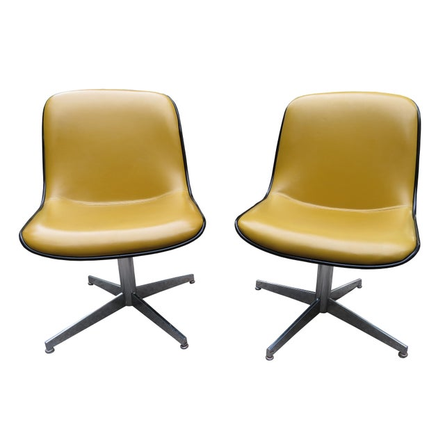 Vintage Steelcase Swivel Chairs - A Pair For Sale - Image 13 of 13