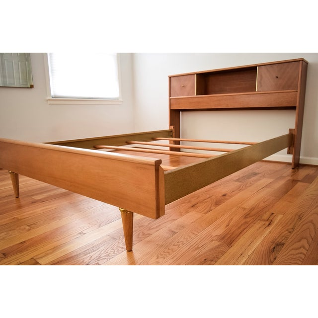 Mid-Century Kent Coffey Debonaire Headboard & Bed - Image 9 of 10