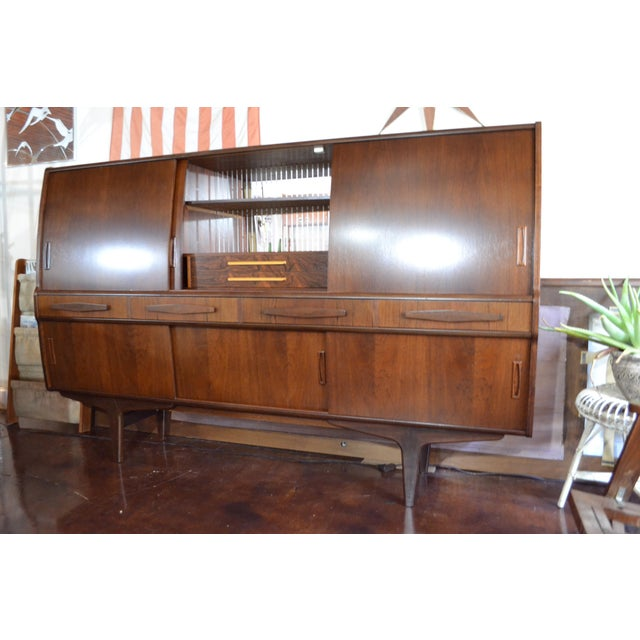 1960s Danish Modern Rosewood Credenza by Poul M Jessen for Pmj Viby For Sale - Image 5 of 13
