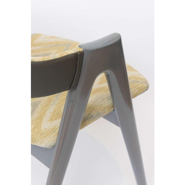 Gold Scissor Design Vintage Sidechairs in Zigzag Fabric For Sale - Image 8 of 10
