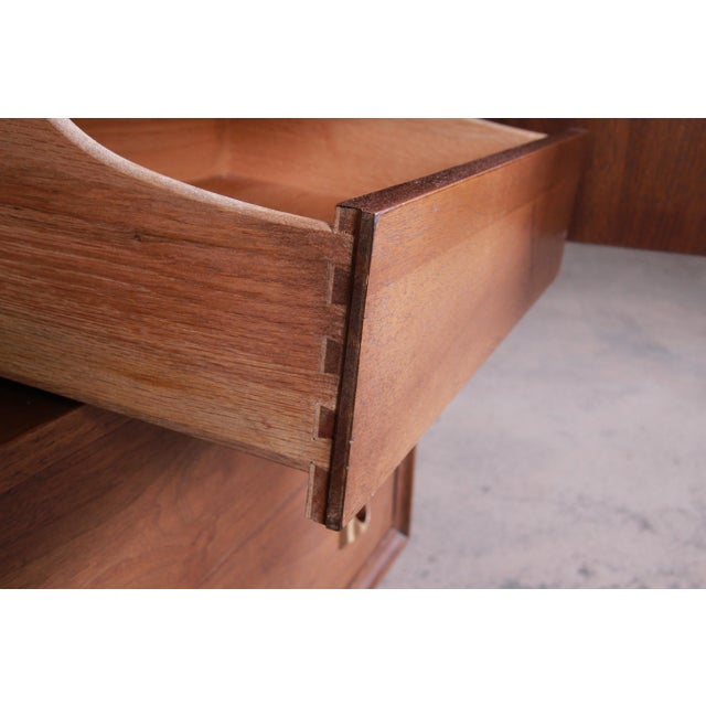 Broyhill Brasilia Mid-Century Modern Sculpted Walnut Gentleman's Chest For Sale - Image 9 of 13