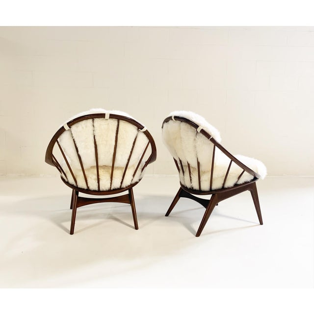 Mid-Century Modern Ib Kofod-Larsen Bentwood Lounge Chairs With Brazilian Sheepskin Cushions For Sale - Image 3 of 7