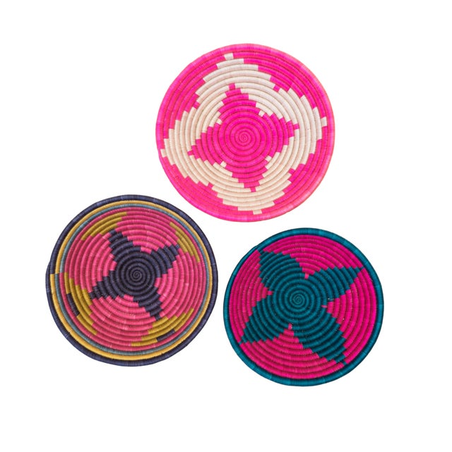 Hand Woven Rwandan Baskets - Set of 3 For Sale - Image 4 of 4