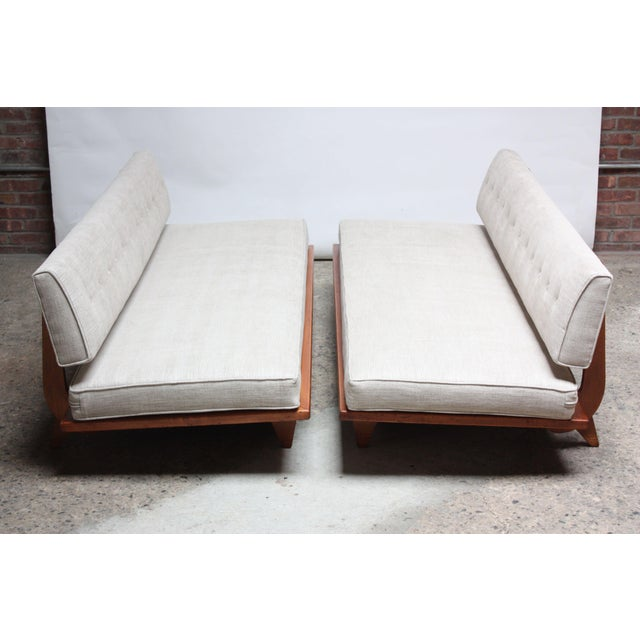 Pair of Daybed Sofas by Richard Stein for Knoll - Image 3 of 11