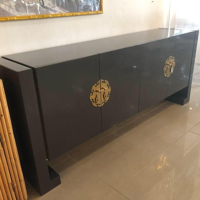 Vintage Hollywood Regency Century Furniture Grey Lacquered Brass Credenza Buffet Sideboard For Sale - Image 10 of 13