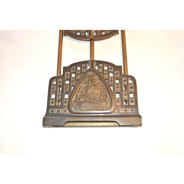 Judd Art Nouveau Wise Owl Book Rack 1920s For Sale - Image 6 of 11