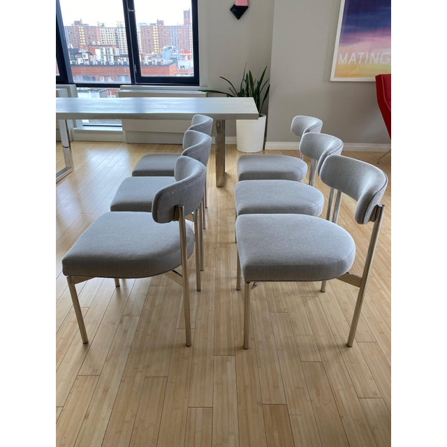 Contemporary Modern White Kimora Mitchell Gold Bob Williams Dining Table & Chairs - Set of 7 For Sale - Image 3 of 13