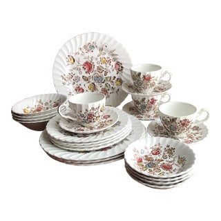 Staffordshire Bouquet England 4 Place Settings (24 Pc)