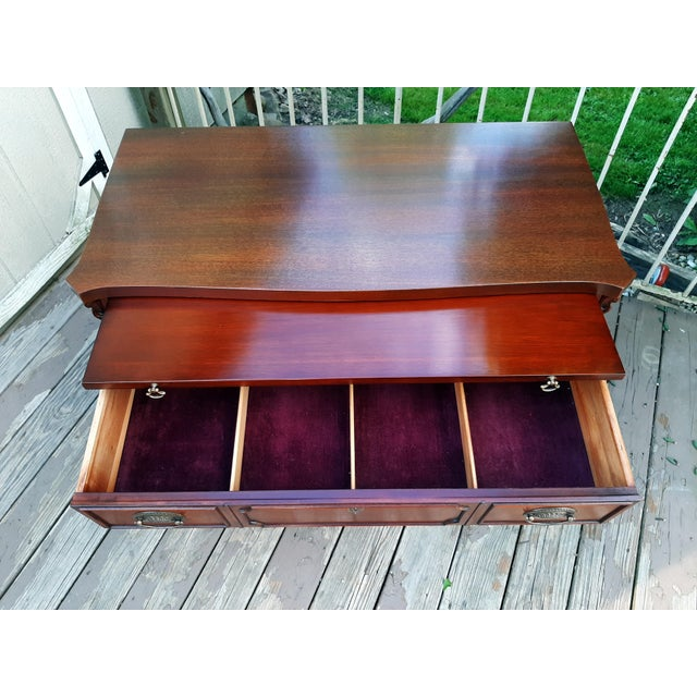 Vintage 1940's Mahogany 4 Drawer Server Accent Chest For Sale - Image 9 of 13
