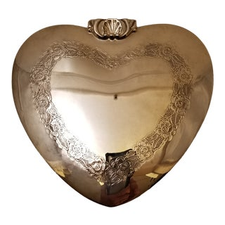 Vintage Taunton Silver Heart Box For Sale
