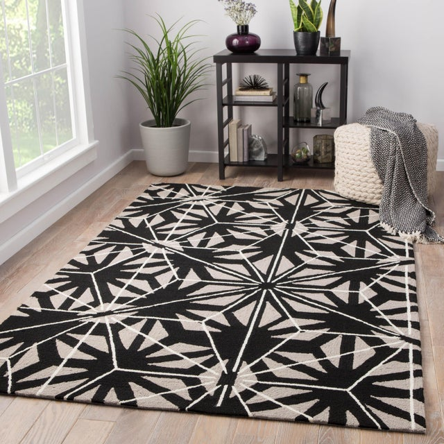 2010s Jaipur Living Haige Indoor/ Outdoor Geometric Black/ Gray Area Rug - 2′ × 3′ For Sale - Image 5 of 6