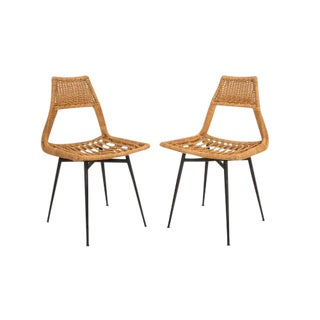 French Mid-Century Wicker Chairs - a Pair For Sale