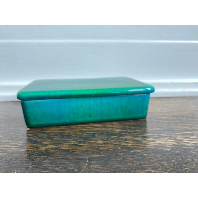 Mid-Century Modern Mid 20th Century Raymor Italian Emerald Green Ceramic Box For Sale - Image 3 of 6