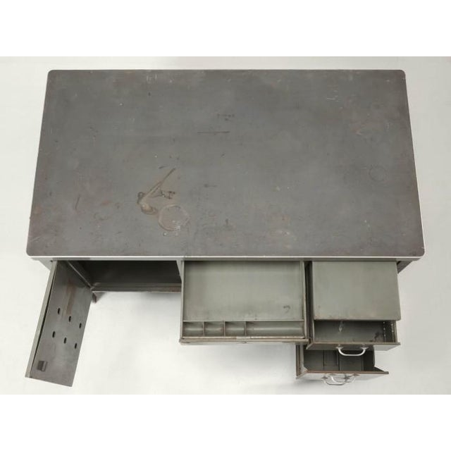 1950s Steel American Industrial Desk in Original Condition For Sale - Image 5 of 12
