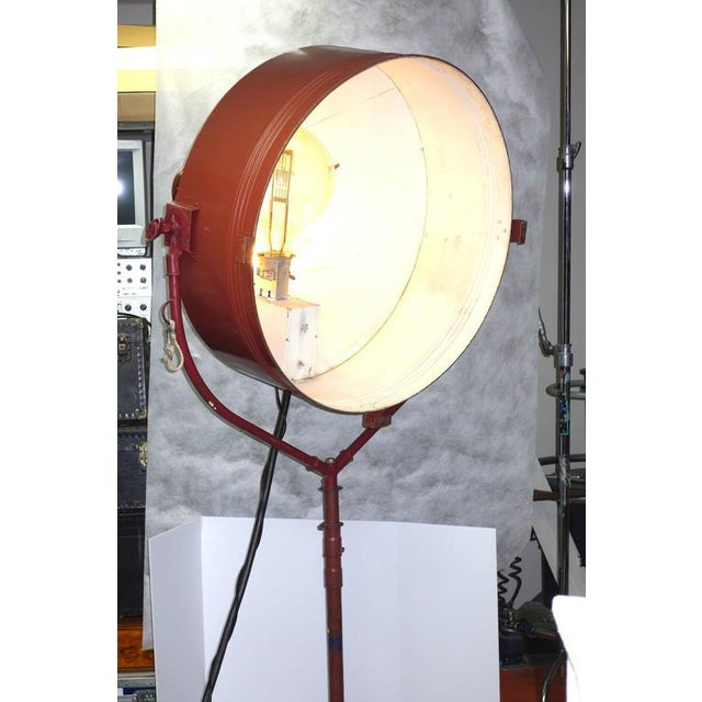 Rare Model Hollywood Movie Studio Light Circa 1950 As Sculpture With Stand For Sale In Dallas - Image 6 of 12