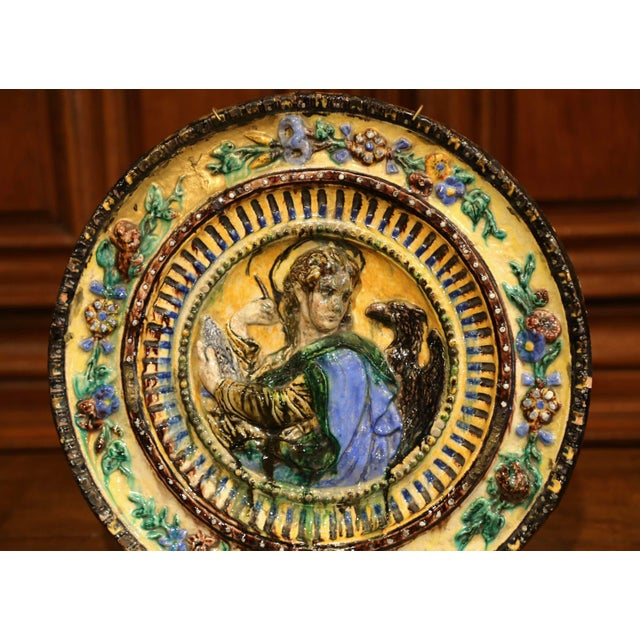 Italian Large Early 20th Century Italian Hand-Painted Majolica Wall Charger For Sale - Image 3 of 6