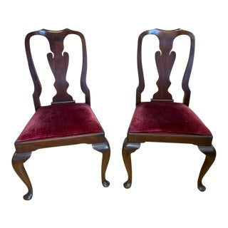 Pair Henkel Harris Mahogany Queen Anne Dining Side Chairs For Sale