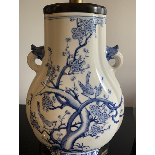 Mid-Century Frederick Cooper Chinoiserie Blue & White Porcelain Lamps - a Pair For Sale - Image 10 of 12