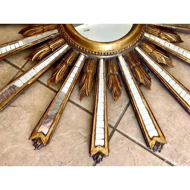 1950s Large Italian Convex Sunburst Giltwood Wall Mirror For Sale - Image 10 of 12